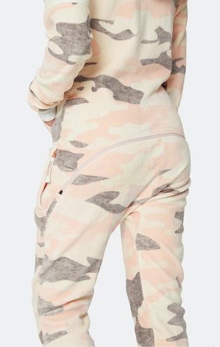 Onepiece Alps Soft Velvet Jumpsuit Pink Camo