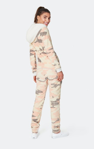 Onepiece Alps Soft Velvet Jumpsuit Rose camouflage