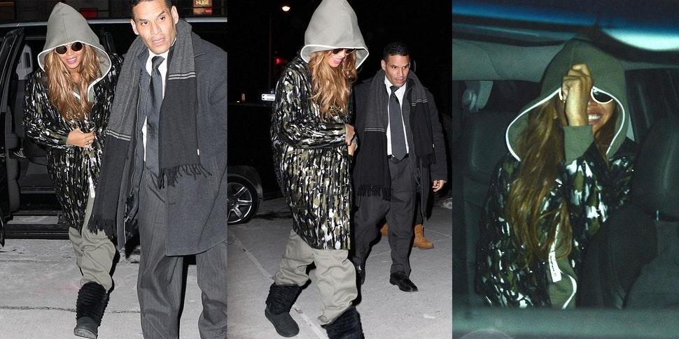 Beyonce im Onepiece in NYC