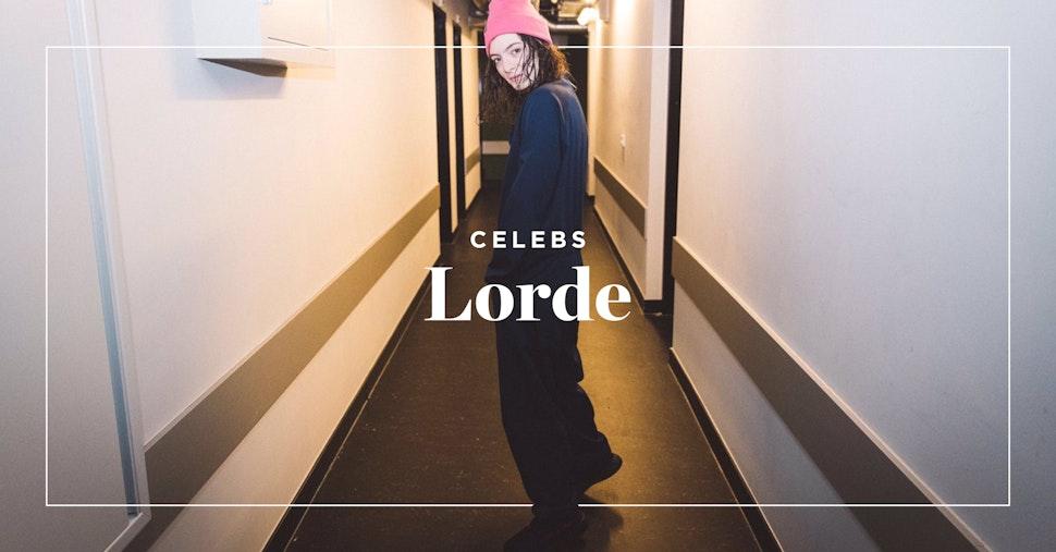 Lorde en Onepiece durant sa tournée
