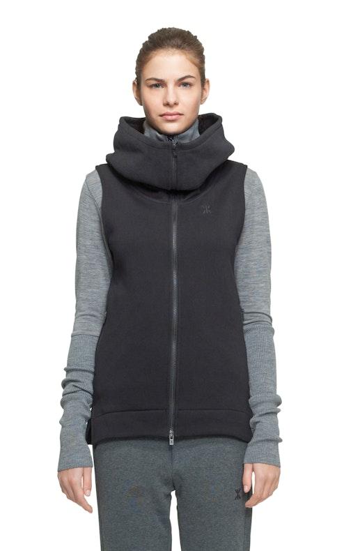 Onepiece Realize Vest Black
