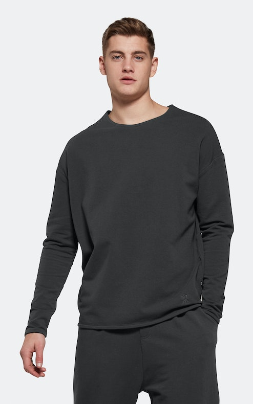 Onepiece Tag Sweater CHARCOAL