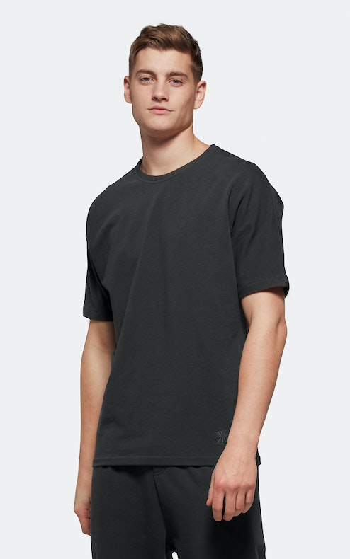 Onepiece Tag Tee CHARCOAL