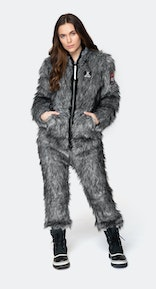 Onepiece Winter is Coming Jumpsuit Grau